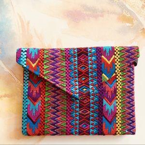 Handbags - 🆕 Embroidered Print Envelope Bag